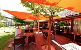 la-brasserie-des-pins-galants-hotel-les-pins-galants-terrasse-de-la-brasserie-des-pins-75066